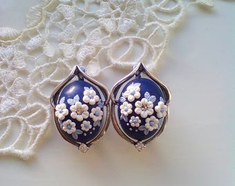 Winter story embroidered earrings, Silver/925/embroidered earrings, Vintage embroidered earrings, Floral Filigree Earrings