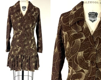 60s 70s mod groovy deco style brown and cream dot print mini dress / 1960s 1970s drop waist CA Holiday scooter dress / s