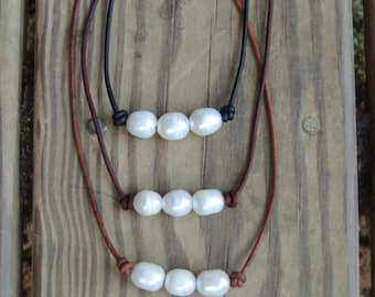 Freshwater Pearl and Leather necklace - leather necklace - beach necklace - gift for her - boho style - pearl necklace - layering necklace