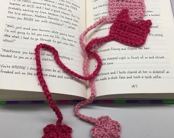 Crochet Kitty Hat Bookmark