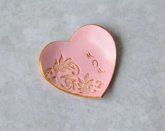 Gifts for mom - Heart shaped ring dish - Mom birthday gift - Pink polymer clay jewelry dish - Gifts for mothers - Trinket dish - Ring holder