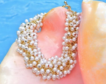 Tiny Pearl Cluster Bracelet