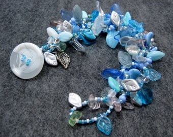 Beaded Bracelet - The Leaf Series - Leaves Winter Light Blue White by randomcreative on Etsy
