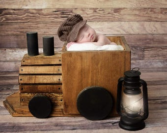 Train conductor hat, newborn train conductor hat, newborn hat, baby hat, baby train conductor, photo prop, crochet hat, newborn photo prop