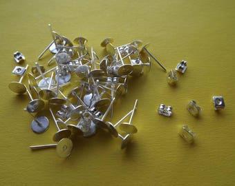 Stud earrings 6 mm bright silver metal (x 20)