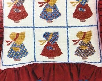 APRILSALE Sunbonnet Heirlooms, Vintage 1981, Counted Cross Stitch Pattern Book