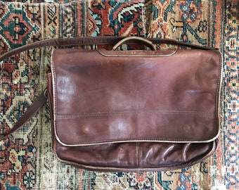 Vintage leather messenger bag briefcase / brown leather messenger work bag / men's or women's