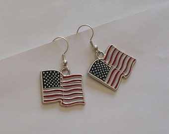 American Flag Earrings, USA Flag Dangle Earrings, Flag Hook Earrings, Patriotic Earrings, Memorial Day Jewelry, Independence Day Jewelry