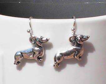 dachshund charm earrings. dachshund charms. weiner dog earrings. dog earrings