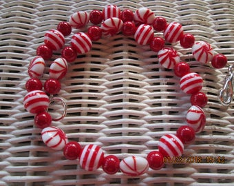 511 Womens red, stripe and peppermint handmade beaded necklace-Teens red necklace