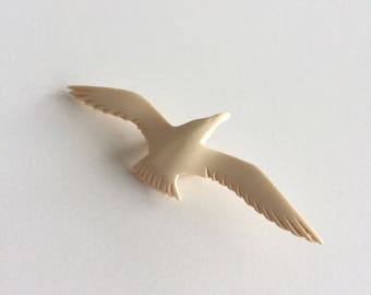 Vintage seagull gull pin