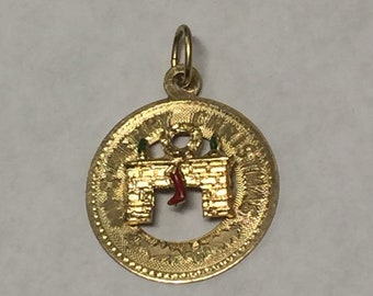 Vintage 14K Yellow Gold Merry Christmas Charm Signed MM
