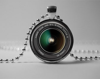 CAMERA LENS PENDANT - zoom lens pendant - Camera lens necklace jewelry - gift for the photographer