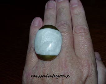 ring effect White Pearl and gold adjustable all sizes