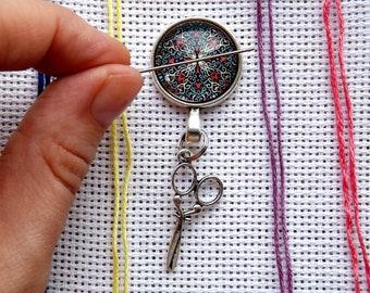 Needle minder mandala - Needle nanny - Cross stitch needle minder - Cross stitch magnet Cabochon 0.8 inch