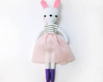 Bunny Doll Pattern, PDF, Plush Bunny Toy Pattern, Stuffed Bunny Sewing Pattern, Plush Bunny Pattern, Felt Bunny Pattern, Stuffed Bunny PDF