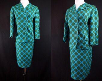 Paisley Dress Suit 1960s Tailored Novelty Print Jackie O Mid Century Modern Medium