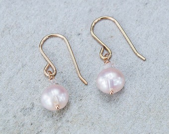 Pink Pearl Earrings/Pink Pearl Earrings with Rose Gold Ear Wire/Wedding Jewellery/June Birthstone