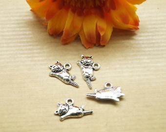 Lot de 6 pendentifs chat allongé, métal couleur argenté, 20*12 mm