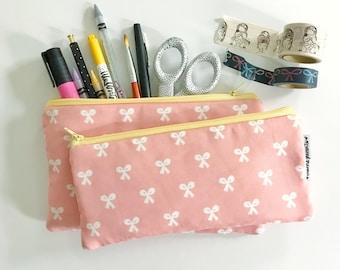 pencil pouch -- beauty school bows