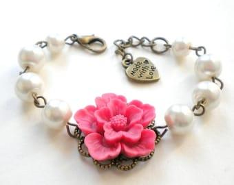 Flower Girl Jewelry Flower Girl Bracelet Pink Wedding Jewelry Flower Girl Gift White Pearl Bracelet Little Girl Jewelry Kid Bracelet