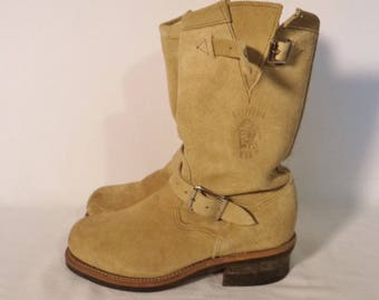 Vintage Chippewa engineer boots// Tan suede distressed leather steel toe buckles slouchy punk grunge workman// Men size 6.5EE-7 women 9-9.5