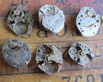 Steampunk watch parts - Vintage Antique Watch movements Steampunk - Scrapbooking g27