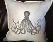 octopus print pillow cove...