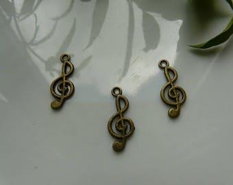 Bronze treble clef pendant charm