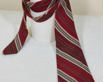 Pierre Cardin Vintage Neck Tie Burgundy Mid-Century Pattern