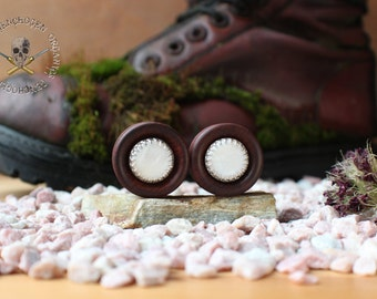 Chakte Kok Plugs with silver version and mother of Pearl