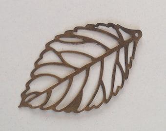 charm leaf bronze 54x31mm