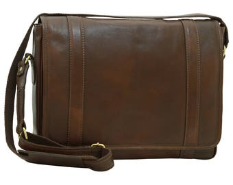 Leather Messenger Bag in Dark Brown made of Genuine Italian Leather - Leather Bag - Laptop Bag - Travel Bag - Leather Briefcase - Mens Gift