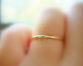 14K Yellow Gold Wedding Band, Simple & Classic Gold Ring, Gold Stacking Ring - made to order in your finger size
