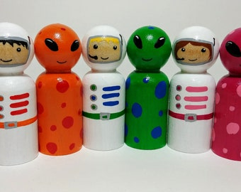 Astronauts and Aliens Peg Doll Set, Outer Space Wooden Toys, Natural Wooden Toys, Wooden Astronaut