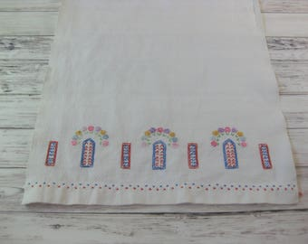 Cotton Embroidered Dish Towel, Vintage Embroidered Tea Towel, Floral Embroidered Tea Towel