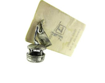 Bell Gondola Skyride Charm/ Bell Trading Frontier Land Charm  / CHEROKEE North Carolina/ Bell Trading Post Sterling Silver /Sunbell Charm
