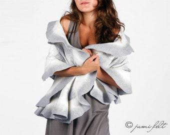 Women wool silk felted shawl Elegant scarf Silver gray white merino wool scarf Evening shawl Wedding shawl Clothing gift Ruffled felted gift