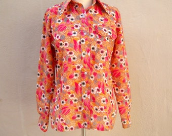 70s WILD floral wind shirt / nylon SPRING SKI windbreaker / daisies orange floral button-up long sleeve bold hippie, womens medium small