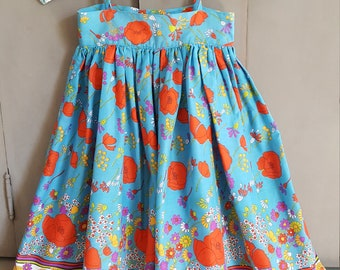 Vintage girl's floral cotton sun dress. Summer dress. Turquoise girls dress. Handmade in 1980s. Size 97. For 3 years old. Toddler dress.