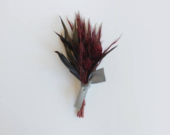 Gothic Groom Boutonniere, Groomsmen Dried Flower Boutonniere for Wedding or Prom, Lapel Pin, Goth Boho Bohemian Style, Burgundy and Grey