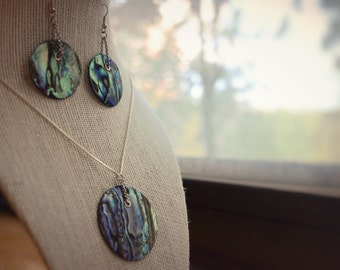 Round Paua Disc Necklace