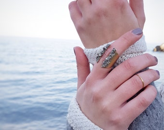 Chevron Ring Raw Stone Ring Adjustable Gold Ring Druzy Ring Tri Color Jewelry Dynamo Boho Raw Jewelry Peacock Ore Jewelry Boho Chic Ring