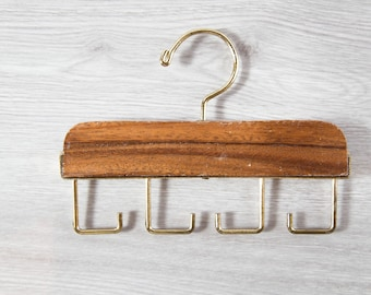 Vintage Tie Rack / Necktie Display Hooks / Mens Retro Belt Hanger / Wood and Brass Tie Display / Holds 4 Neckties