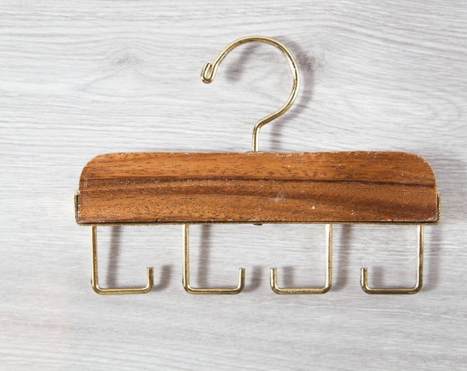 Vintage Tie Rack / Necktie Display Hooks / Mens Retro Belt Hanger / Wood and Brass Tie Display / Holds 4 Neckties