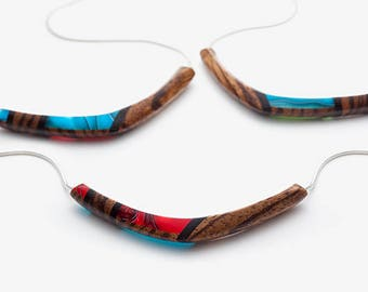 Reversible necklace smile both red and blue turquoise back