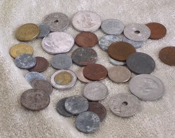 Vintage International Coins 30
