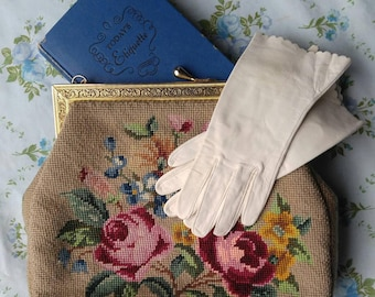 1950s hand made needlepoint floral purse