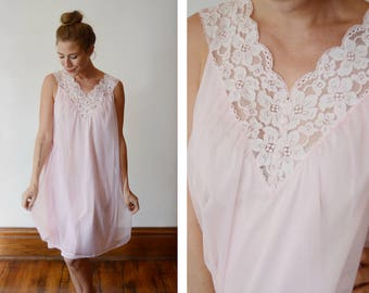 1960s Pink Vanity Fair Babydoll Nightgown - S/M