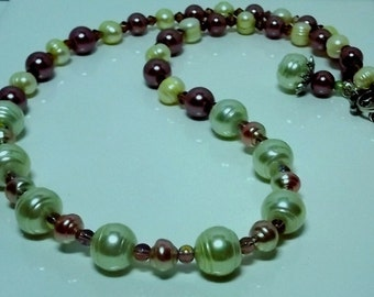 Green and Wine Pearl Necklace